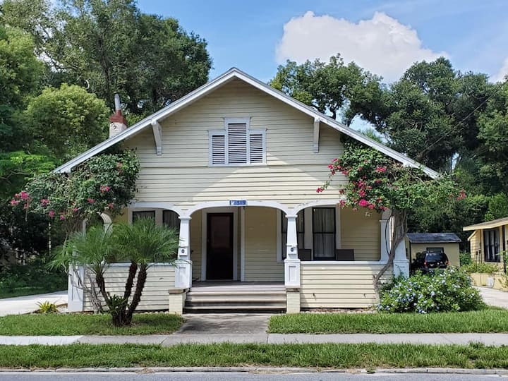 101 yr-old Bungalow with piano, Downtown Lakeland