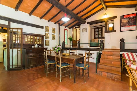 Heavenly Holiday Home inMigliorini - Pistoia with shared pool