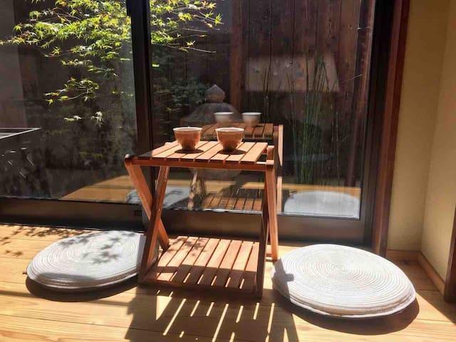 Traditional garden view house at Fushimi Inari