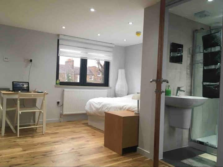 Cosy&Peaceful Studio Flat Near The City Of London