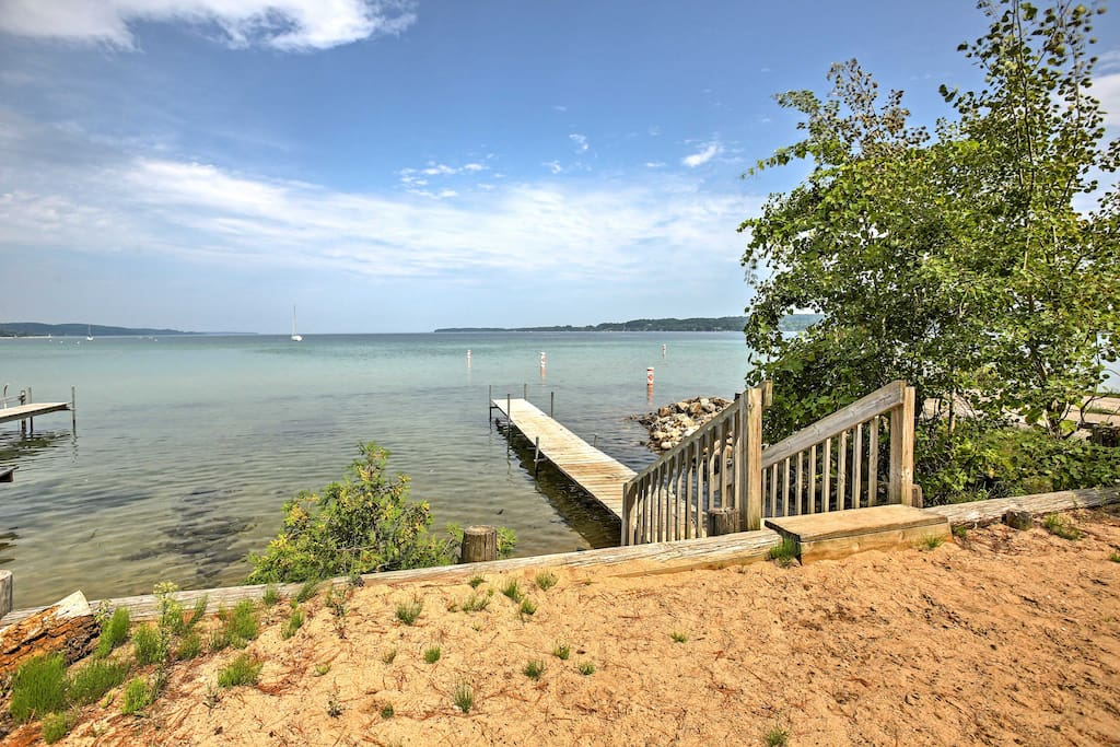 Situated along the shores of Lake Michigan, you'll be close to outdoor activities and wineries that will make your romantic getaway one to remember.
