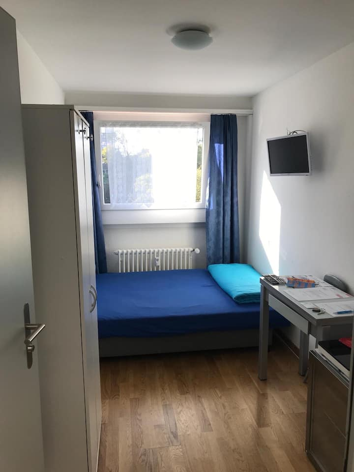 Cute room central Basel City With pocket internet