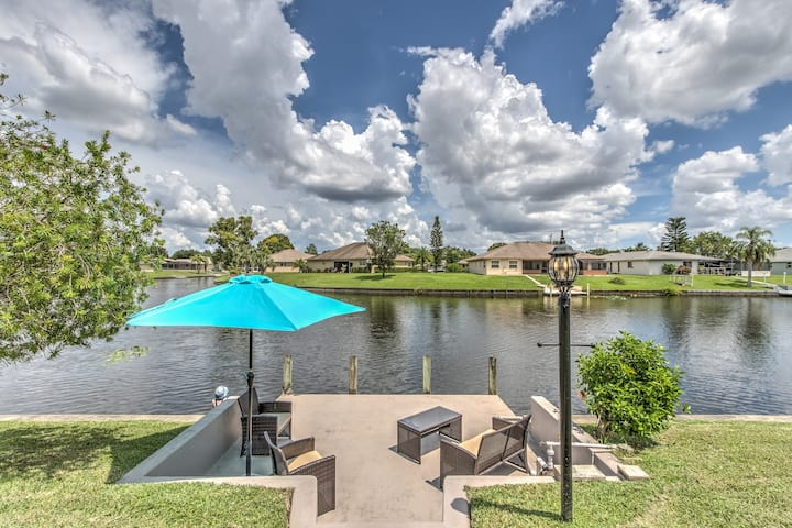 Beautiful Waterfront Home! Snowbird Discounts!