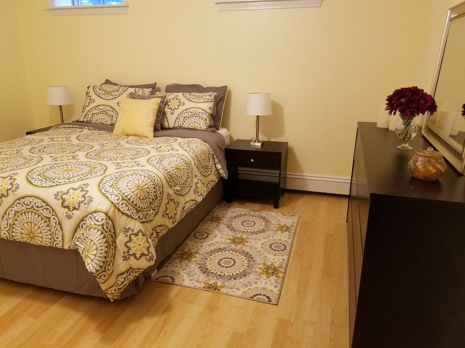 1 Bedroom with Queen Size Bed