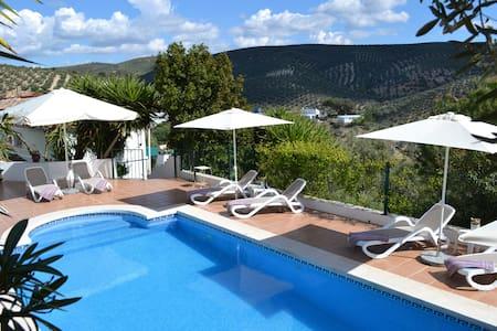 Superb Apartment near Iznajar: Pool, Air-Con, WiFi