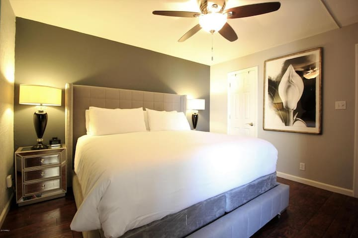 Hotel quality bed and bedding