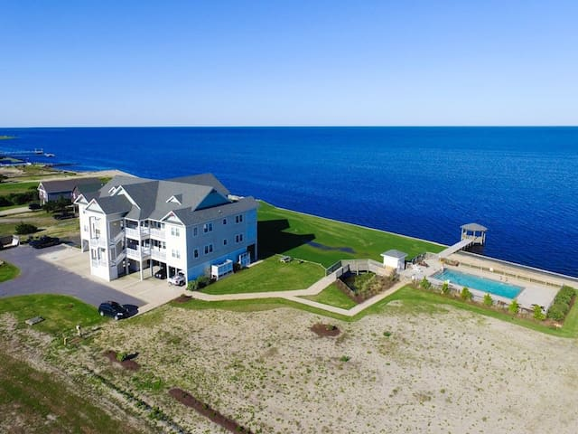 Rodanthe Sunset Resort Luxury Soundfront - Onsite kiteboarding + pool + elevator (RSR3B)