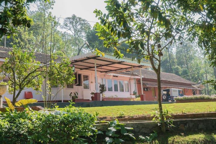 Private 3BHK estate home in a 110 acre plantation