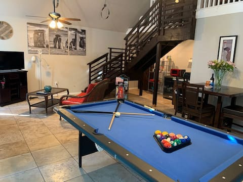 Private Pool House in Cozy Cul-da-sac