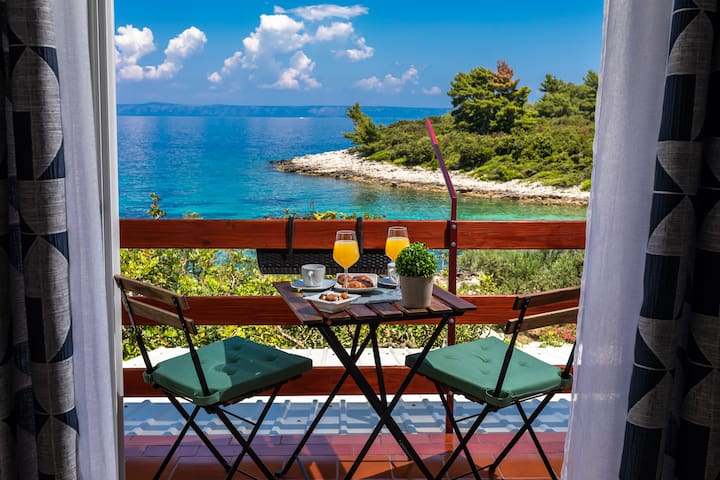 Charming apartment on the island of Korčula