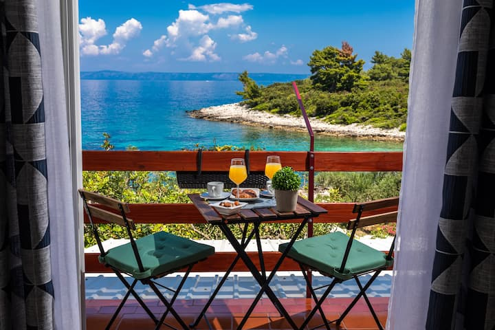 Charming apartment on the island of Korčula