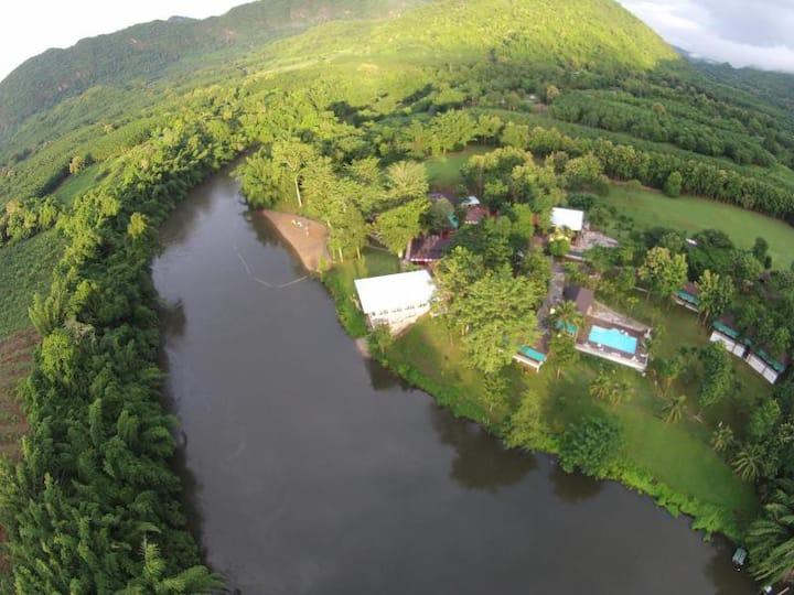 Pechmaneekanbeach Resort