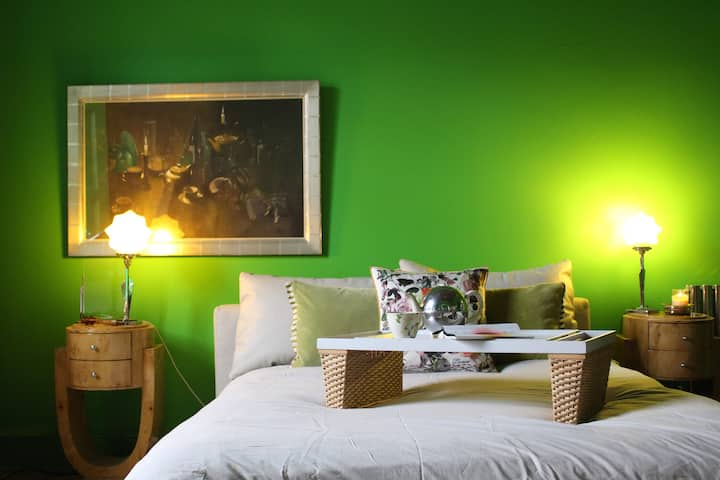 Best West End flat on Airbnb in Edinburgh