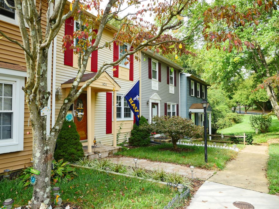 Cute, quiet and safe townhouse community - minutes from downtown Annapolis!