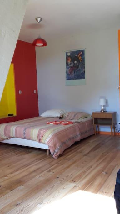 Une chambre de 25 m2