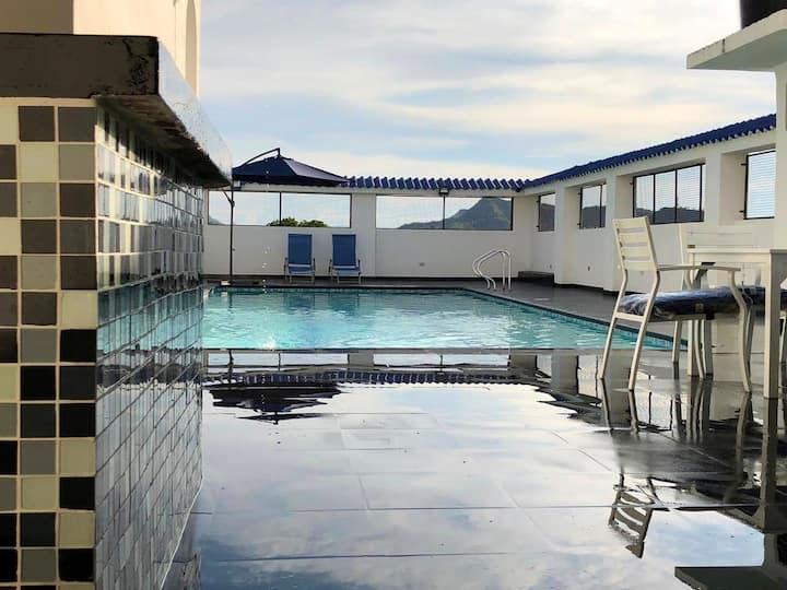 Hermoso penthouse en Melgar con piscina privada