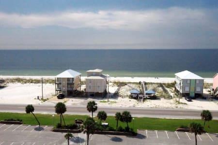 Hangout Fest Condo! - Gulf Shores