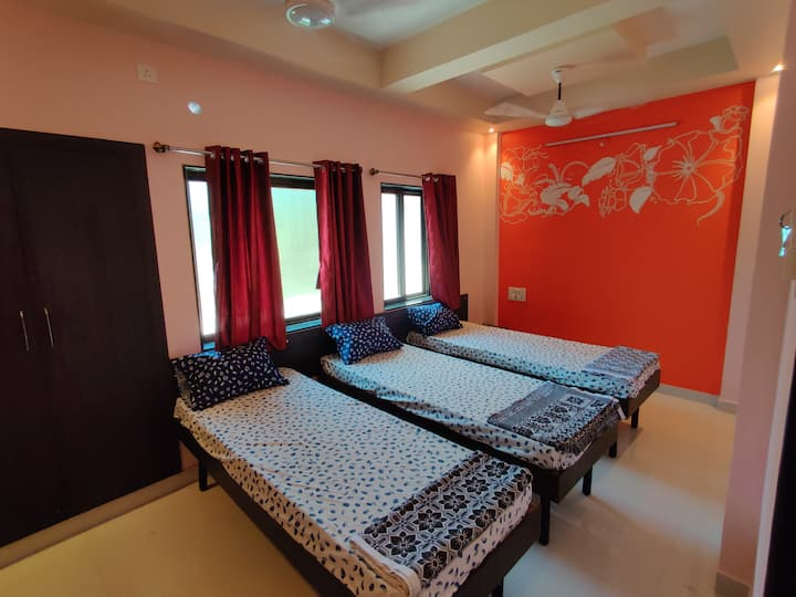 Bandekar Home Stay, standard family room