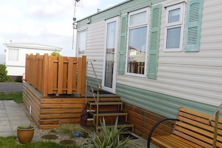 Coastal retreat with sea views near Mundesley - Trimingham