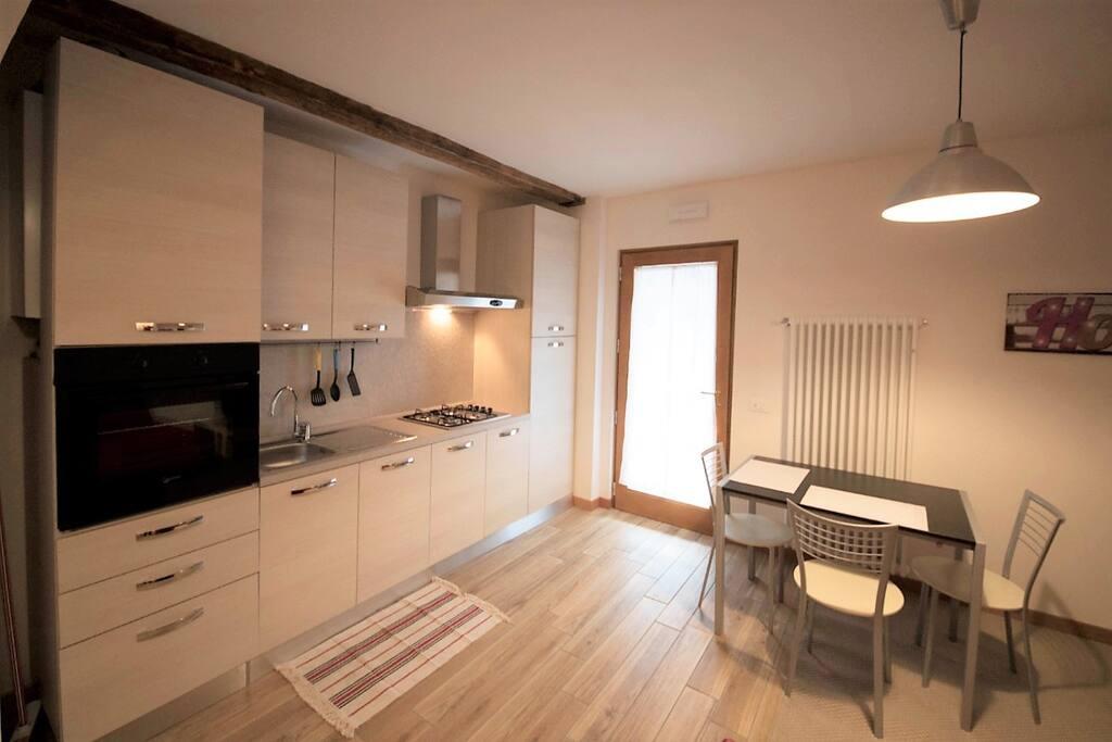 Beautiful flat near ponte degli alpini appartamenti in for Appartamenti arredati affitto bassano del grappa