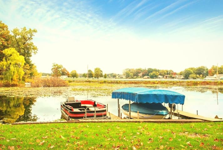SOFANA ON THE LAKE