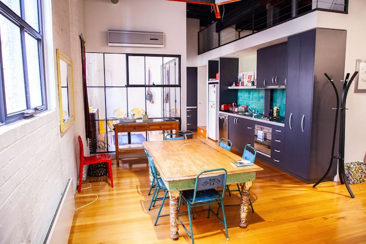 Stylish 2BD Converted Warehouse in Trendy Fitzroy