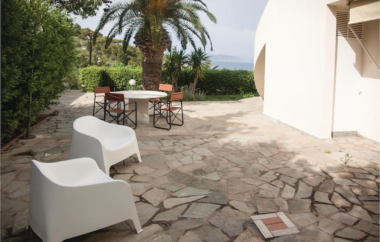 Holiday apartment with 2 bedrooms on 90m² in Porto Heli Ermioni