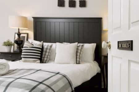 Huge luxury home sleeps 26 - Huskisson - Casa