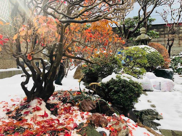 小樽昭和时代庭院的四人间