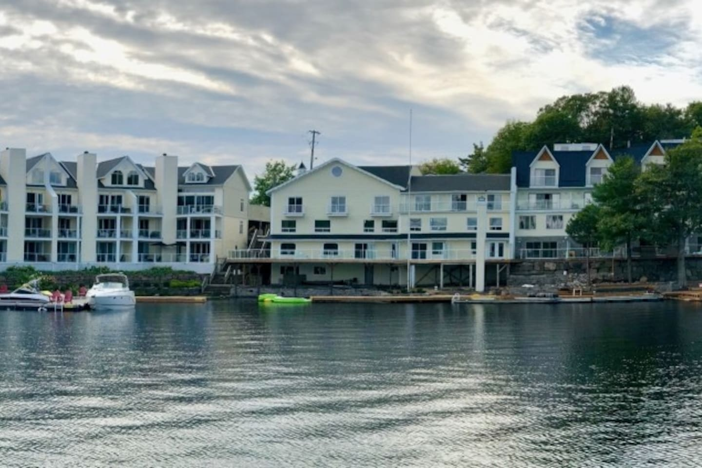 The Inn at Lake Rosseau