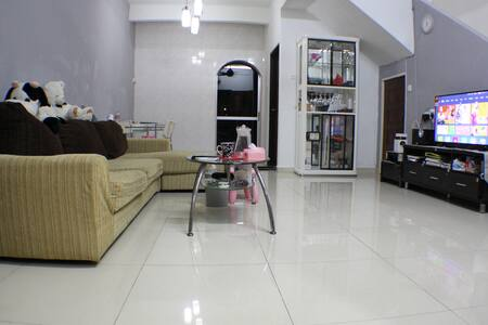 吉隆坡大城堡阳光温馨别墅民宿 - Kuala Lumpur - Villa