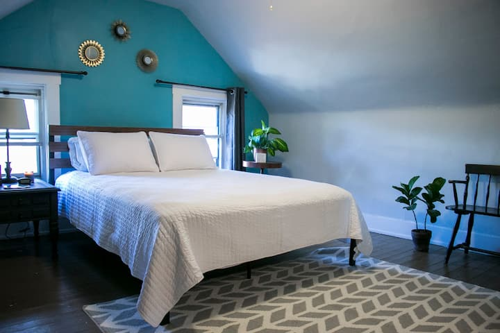 Private floor – 10 min. from downtown Cincy