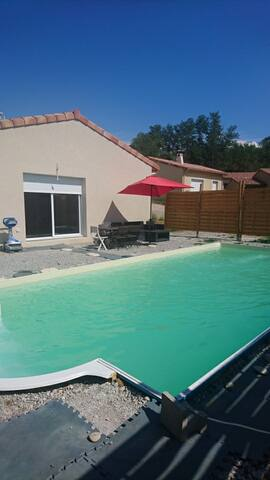Maison, 80m2 avec piscine