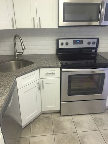 Safe, near mall, NYC & Philadelphia - Mount Laurel - Kondominium