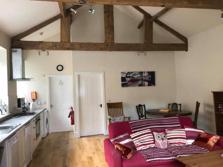 Stunning open plan spacious barn conversion