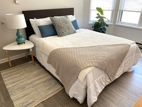 Spacious and sunny 1 bedroom in downtown Wausau.