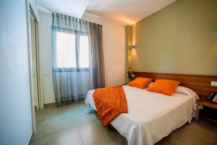 ONA Living BCN, 1-Bedroom Apartment (3-4 people)