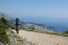 biking over Brela