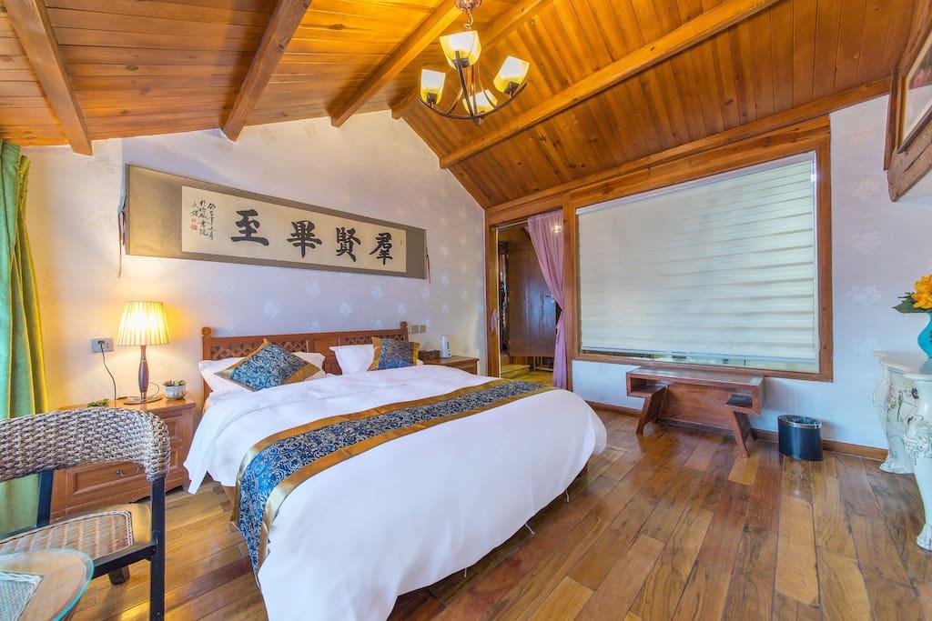 二楼舒适大床房