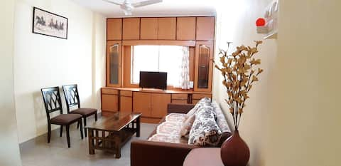 Clean Well Equipped Apartment in Kothrud, Pune