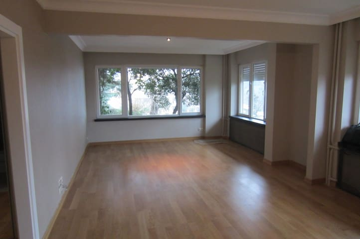 A cozy room in Sinanoba