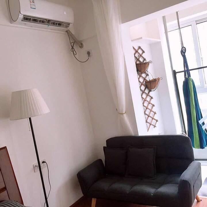 独立住宅公寓-长沙理工大学  动物园 环保科技园 地铁尚双塘,汽车南站附近 月租长租(配厨房洗衣机)