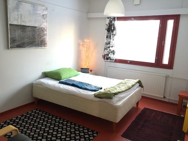 Snazzy, contemporary flat opposite Oulu University - Oulu - Apartemen