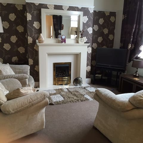 Woolton 3 bed house Liverpool L25