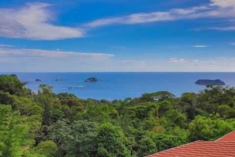 La Vista OCEAN VIEW UPPER SUITE.