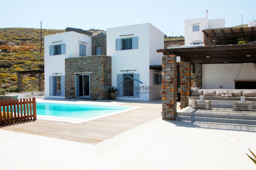 The villa and surrounding area