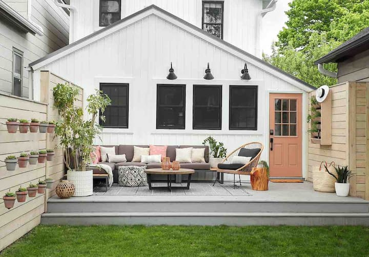 HGTV Renovated Home with GREAT backyard!