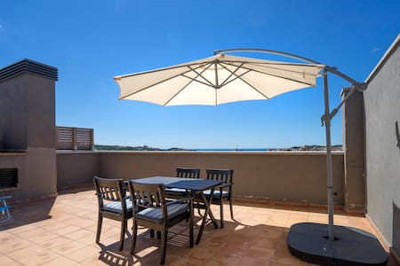 Sea view NEW, cozy apartment in Costa Brava - Sant Feliu de Guíxols