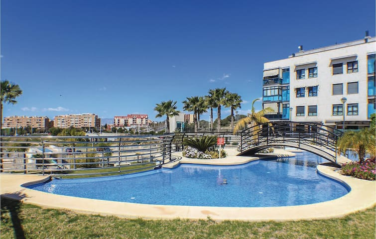 Holiday apartment with 3 bedrooms on 62m² in Santa Pola