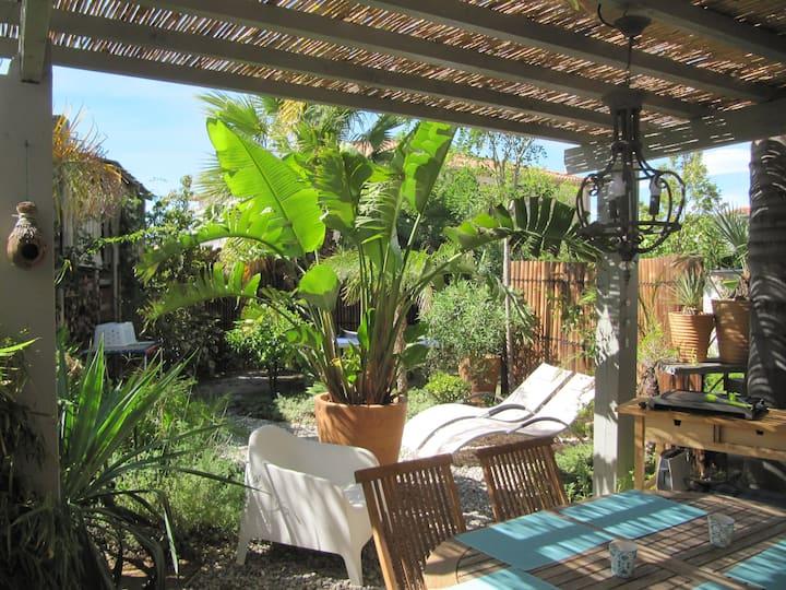Bas de villa avec jardin 'La Maison des Sirènes'